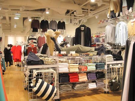 где найти поставщиков одежды